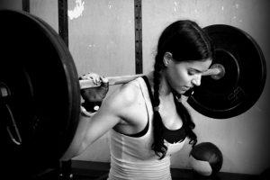 girls lift heavy
