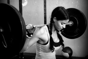 girls lift heavy